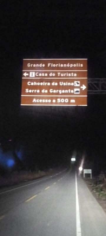Erro de ortografia em placa de sinalização chama atenção na Grande Florianópolis – Foto: Arquivo pessoal/ND