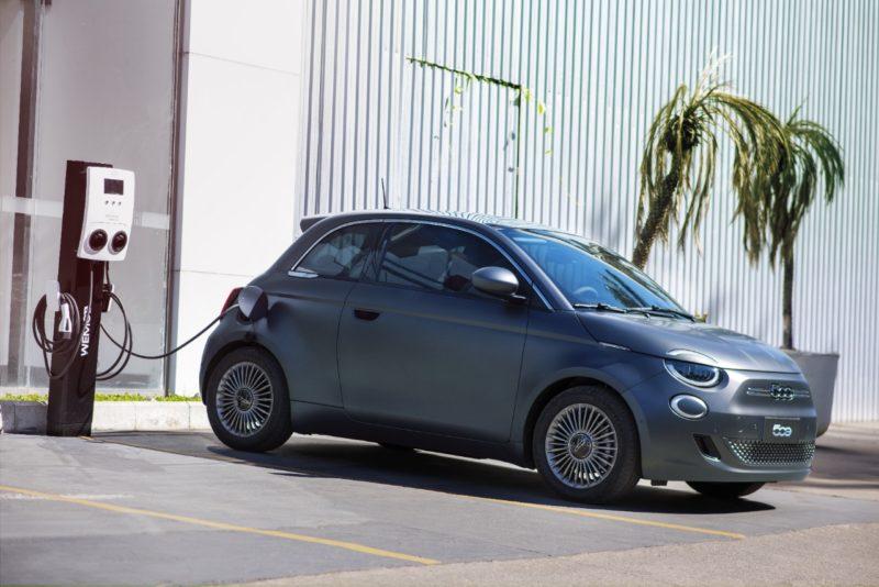 Fiat lança novo modelo 500 elétrico no Brasil – Foto: Rafa Paixão/Fiat/Divulgação