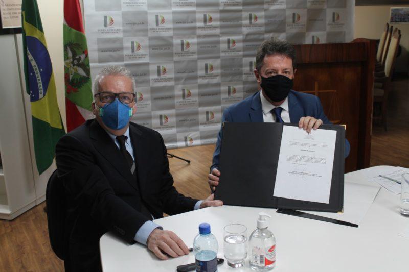 Assinatura que permite ampliação foi feita nesta sexta-feira (20)