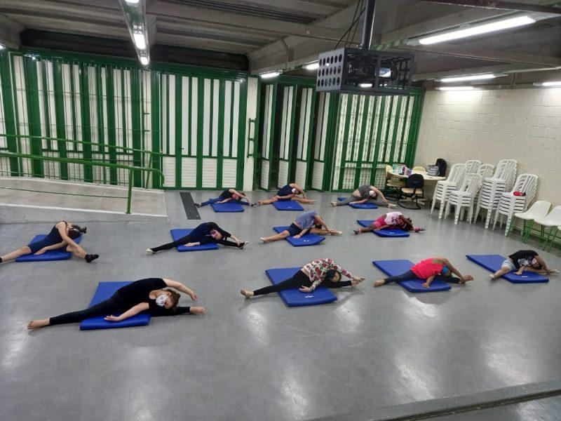 Projeto da Fundação de Esporte e Cultura de Palhoça atende crianças de cinco a 13 anos – Foto: Divulgação/PMP/ND