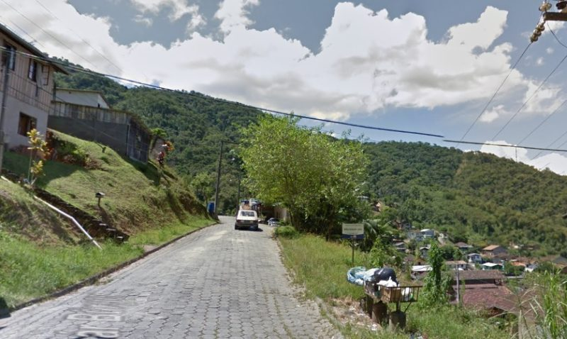 Tentativa de homicídio ocorreu no bairro Valparaíso, em Blumenau – Foto: Reprodução/Google Maps/ND