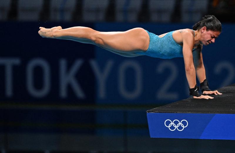 Ingrid Oliveira erra e fica fora das semis nos saltos ornamentais em Tóquio – Foto: Attila KISBENEDEK / AFP