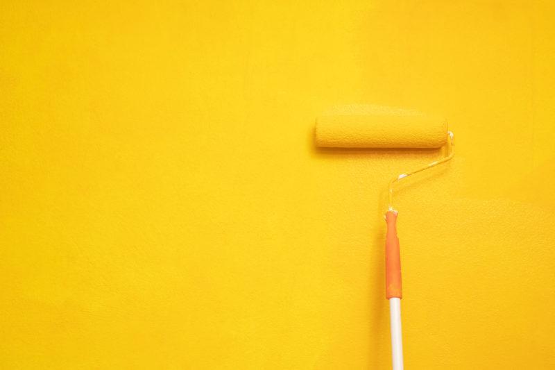 """<span style=""""font-weight: 400;"""">É preciso ter cuidados ao pintar as paredes para que o trabalho fique bem feito </span>&#8211; Foto: Divulgação"""