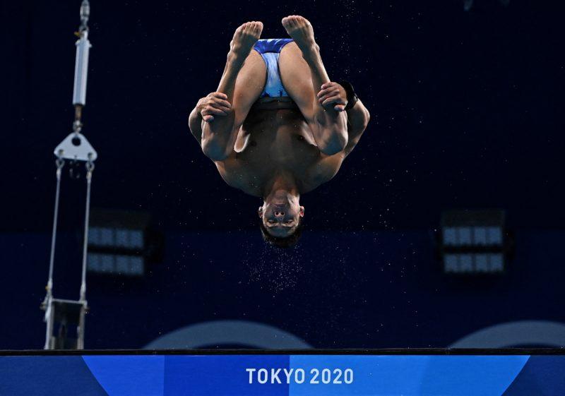 Em final histórica, Kawan Pereira fica em 10º nos saltos ornamentais em Tóquio – Foto: Attila KISBENEDEK / AFP