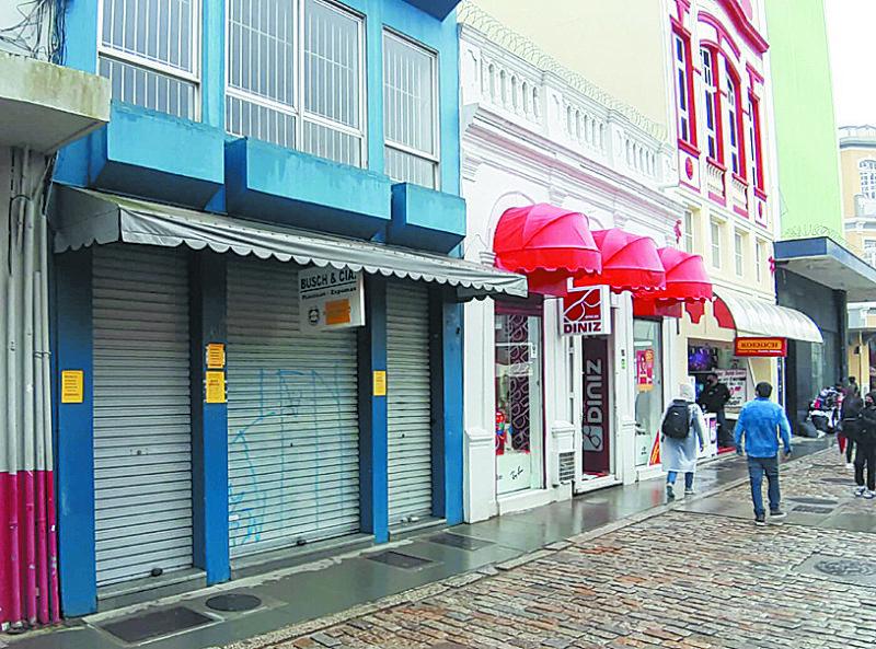 Loja Busch & Cia, no Centro de Florianópolis, fechou as portas na pandemia depois de 140 anos – Foto: Reprodução/ND