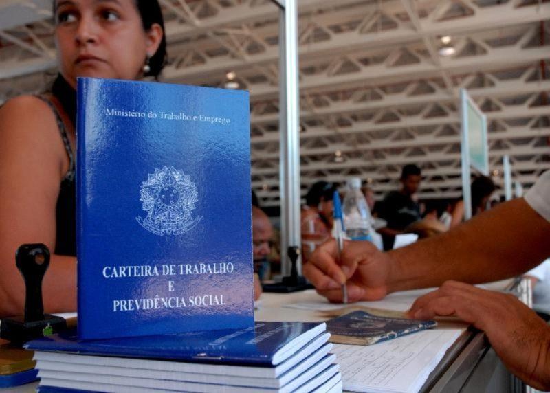 Ao todo são 8.763 oportunidades de emprego em Santa Catarina – Foto: Marcello Casal Jr / Agência Brasil