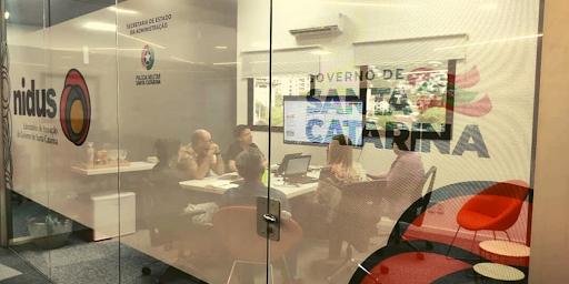 Laboratório Nideus, do governo do Estado, tem como objetivo entregar serviços públicos melhores por meio do ecossistema de inovação em parceria com startups – Foto: Mauricio Vieira/Divulgação