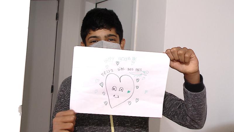 Os filhos declaram seu amor por Francisco através de palavras e desenhos – Foto: NDTV/ Divulgação