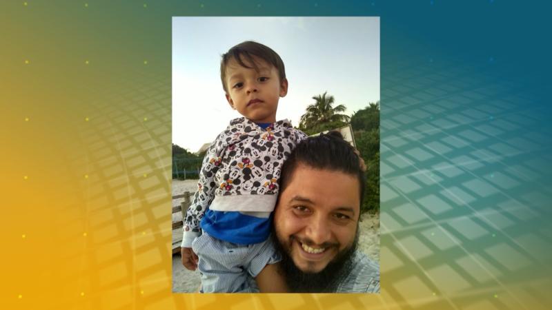 Álvaro precisou se adaptar para poder lidar com a rotina de ser pai, trabalhar e estudar – Foto: NDTV/ Divulgação