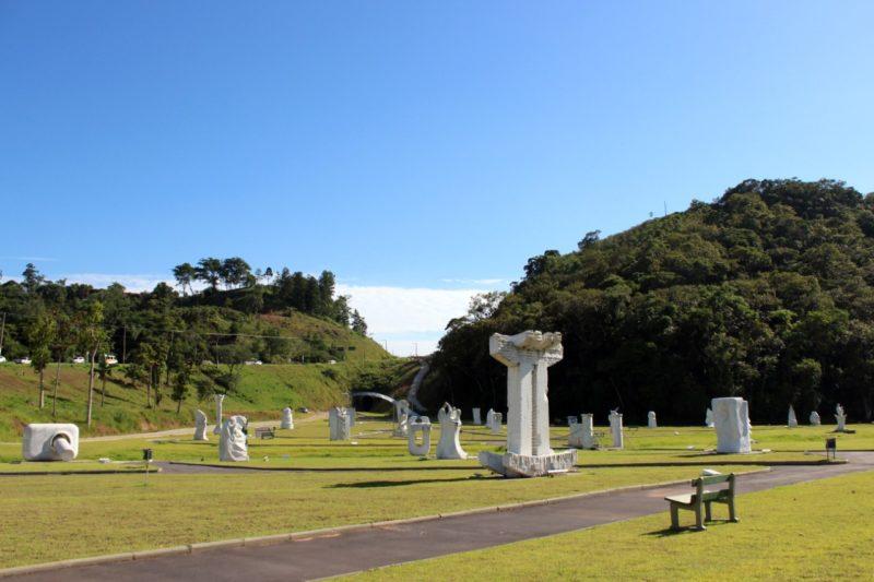 Parque das Esculturas faz parte do roteiro da primeira maratona de Brusque e do Brasil após o início da pandemia de coronavírus – Foto: Divulgação/Prefeitura de Brusque