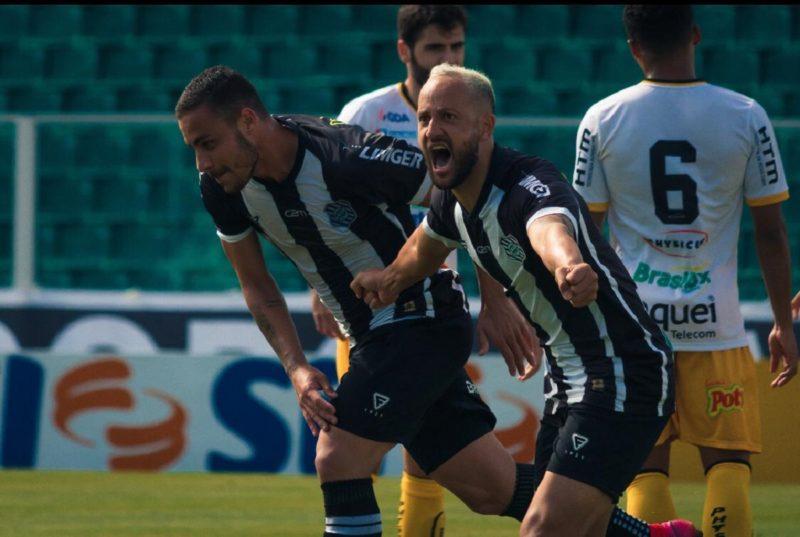 Diego Tavares deixa o Figueirense após eliminação da Série C do brasileiro. – Foto: Patrick Floriani/FFC