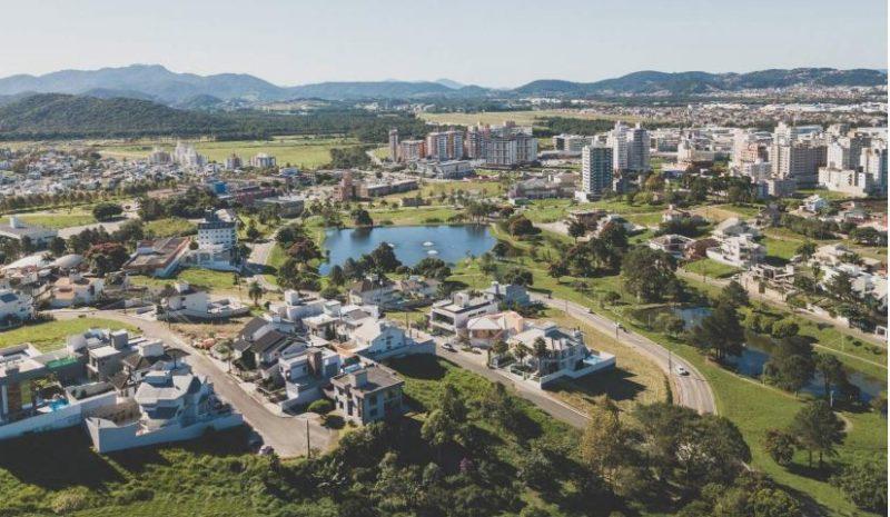 Adolescente tinha desaparecido na trilha da Pedra Branca, em Palhoça – Foto: Divulgação/Cidade Pedra Branca/ND