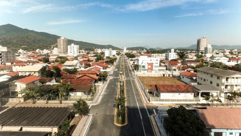Edifício irregular em Porto Belo está proibido de vender apartamentos – Foto: Prefeitura de Porto Belo/Reprodução