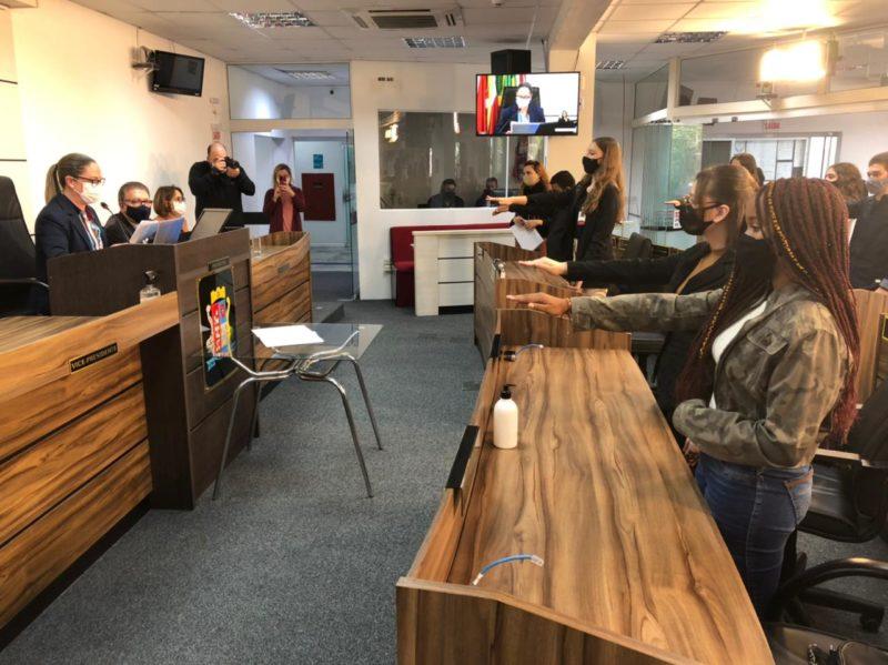 Grupo foi empossado na quinta-feira – Foto: Câmara de Vereadores de São José/Divulgação/ND