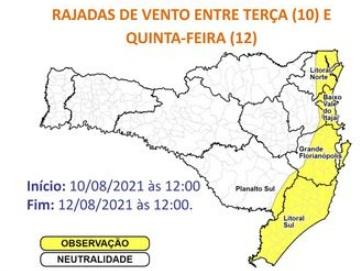 Áreas em amarelo do mapa o risco é moderado para ocorrências associadas aos ventos fortes – Foto: Defesa Civil de SC/Divulgação/ND