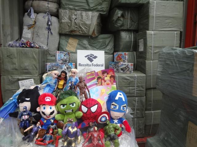 Brinquedos falsificados são apreendidos em Itajaí – Foto: Receita Federal/Divulgação
