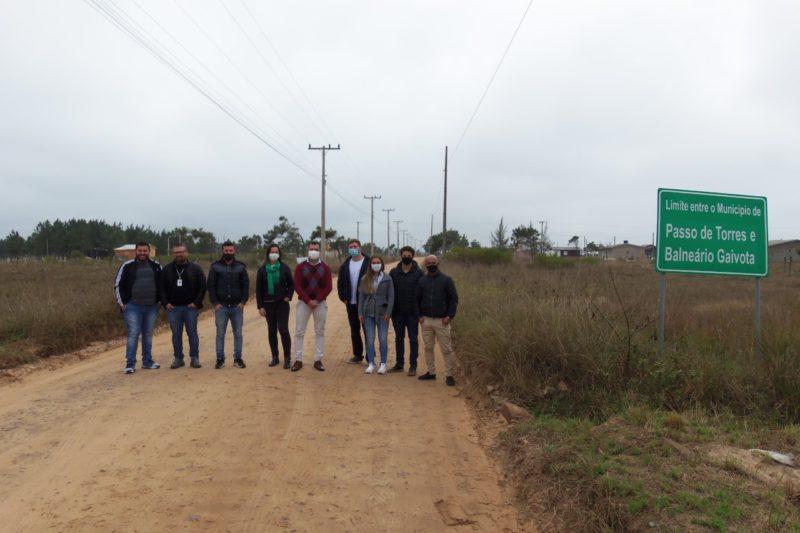 Visita técnica ao futuro trecho da Rodovia Interpraias foi realizada nesta quinta-feira (19) em Balneário Gaivota – Foto: Divulgação/Prefeitura Balneário Gaivota