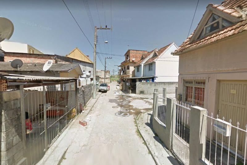 Jovem de 23 anos foi baleado na região Continental de Florianópolis – Foto: Google Street View/Reprodução/ND