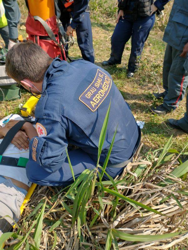 Após cair de torre de telefonia em local isolado de SC, homem é salvo com quadriciclo