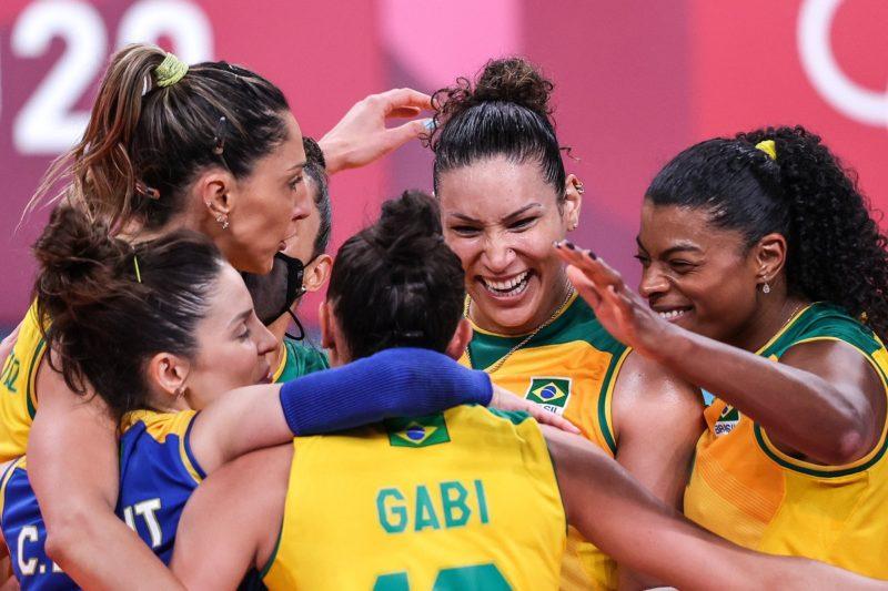 Brasil venceu Quênia por 3 sets a 0 e terminou em primeiro do grupo A nas Olimpíadas de Tóquio – Foto: Wander Roberto/ COB