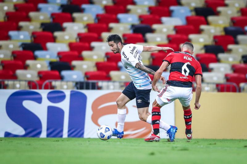 Segundo o treinador, apesar da rápida adaptação Villasanti ainda pode melhorar – Foto: Lucas Uebel/Grêmio FBPA