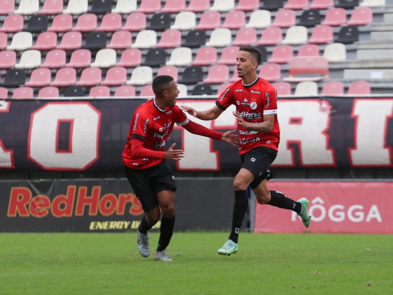 Junior Fialho marcou o gol tricolor – Foto: Vitor Forcellini/JEC/Divulgação/ND