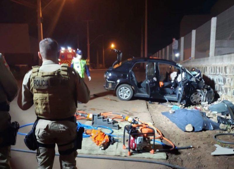 Duas pessoas morreram no local do acidente – Foto: PM/ND