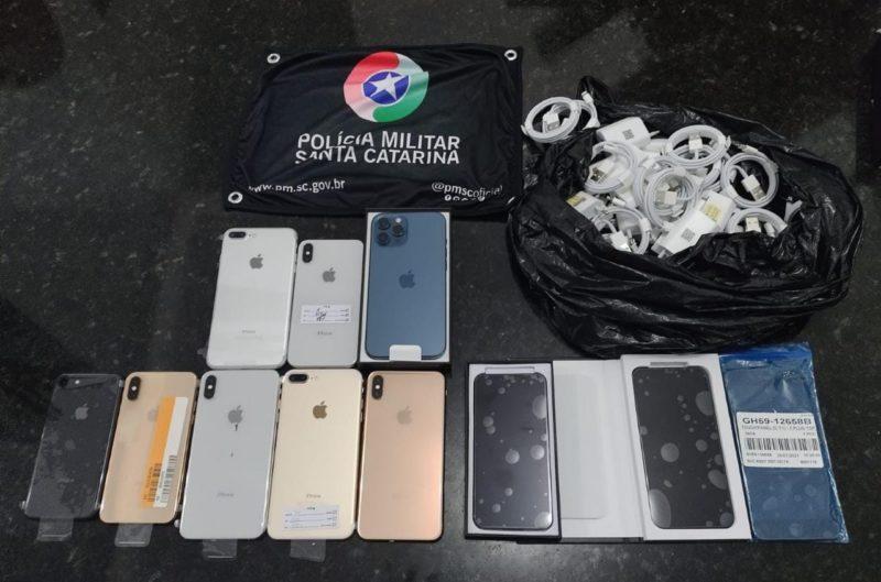 Celulares contrabandeados foram avaliados em R$ 50 mil – Foto: PMRv/ND