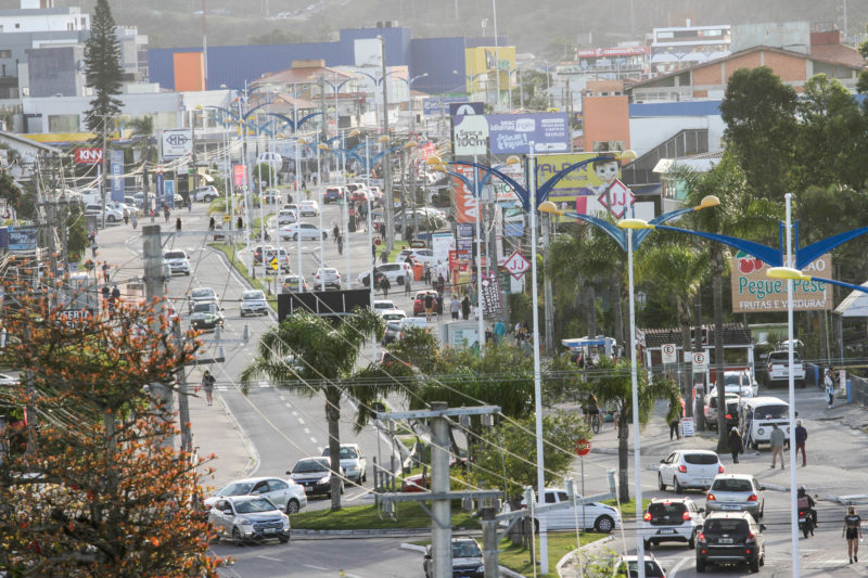 Bairro Ingleses, no Norte da Ilha, se transformou em uma cidade dentro de Florianópolis – Foto: Leo Munhoz/ND