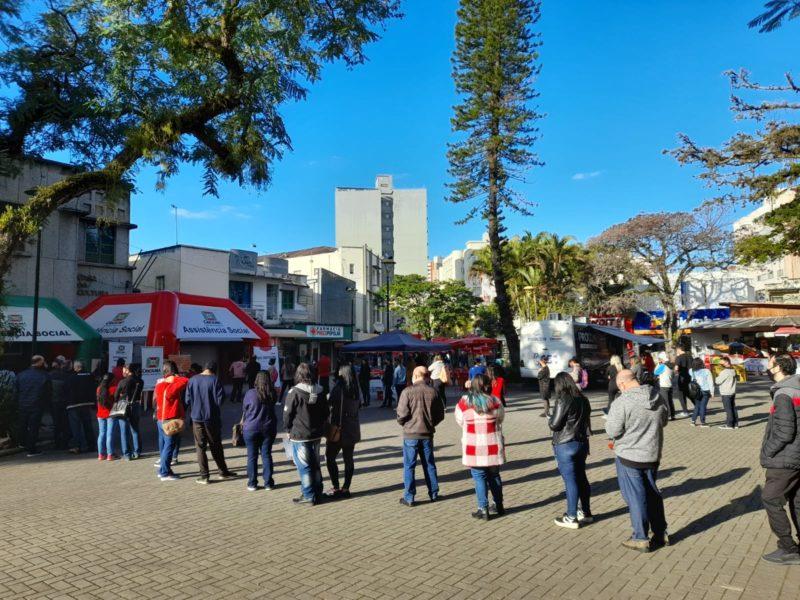 No último Balcão de Empregos realizado na Praça Nereu Ramos mais de 30 pessoas foram contratadas em Criciúma – Foto: Arquivo/Decom