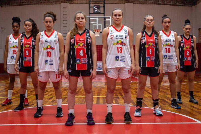 Basquete feminino joinvilense é uma das 16 equipes na disputa pelo título do Campeonato Brasileiro – Foto: Divulgação/ND