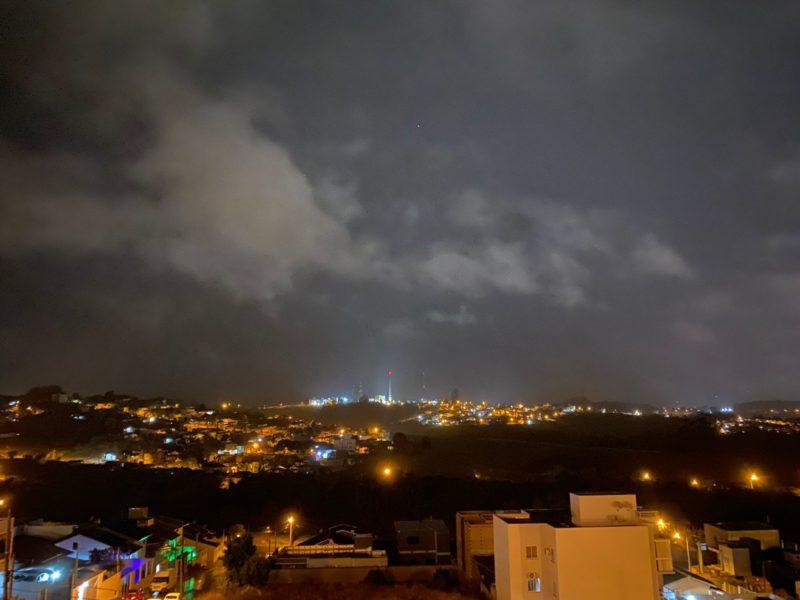 Temporal passou por Chapecó e assustou os moradores – Foto: Willian Ricardo/ND