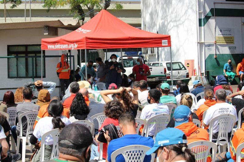 Trabalhadores da Comcap avaliam greve nesta segunda – Foto: Sintrasem/Reprodução/ND