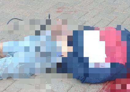 Homem foi encontrado morto e com as mãos amarradas em rua de Palhoça na tarde desta terça (14) – Foto: Reprodução