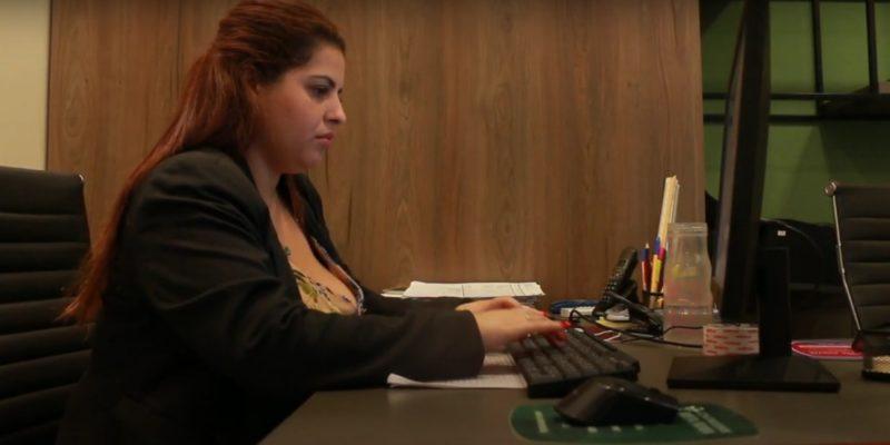 Engenheira Civil chega a demorar mais de uma hora no deslocamentoentre a casa e o local de trabalho – Foto: Marcelo Feble/NDTV