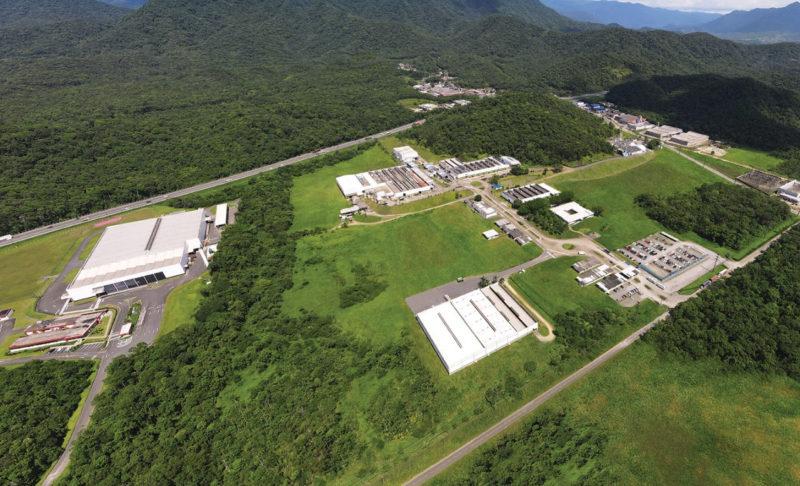 As fábricas da Docol e da Franke são vizinhas em Joinville