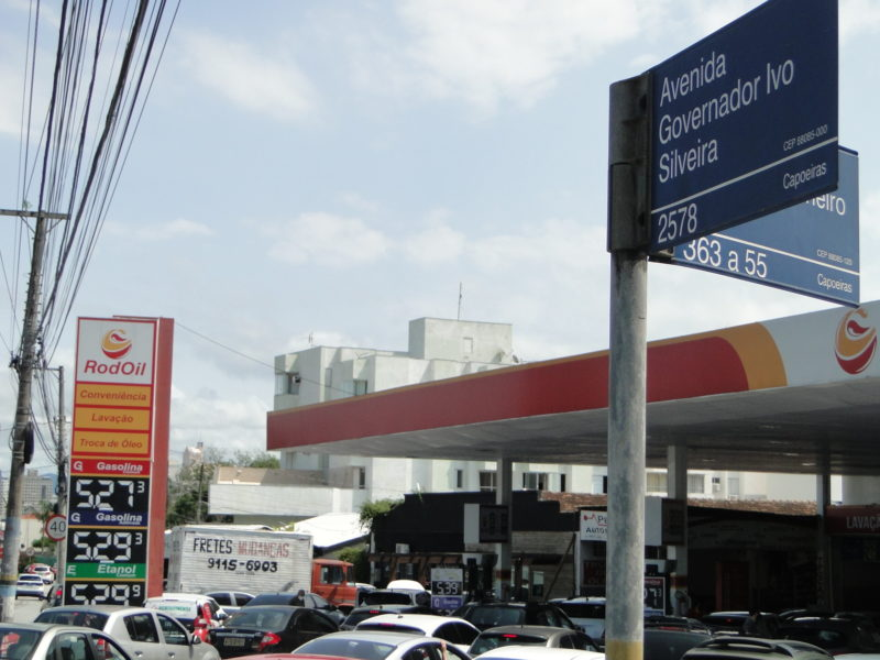 Posto localizado na Avenida Ivo Silveira, bairro Capoeiras – Foto: Diogo de Souza/ND