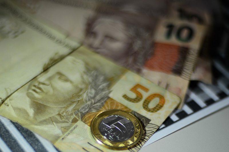 Economia, Moeda Real,Dinheiro, Calculadora – Foto: Fotográfo/Agência Brasil/ND
