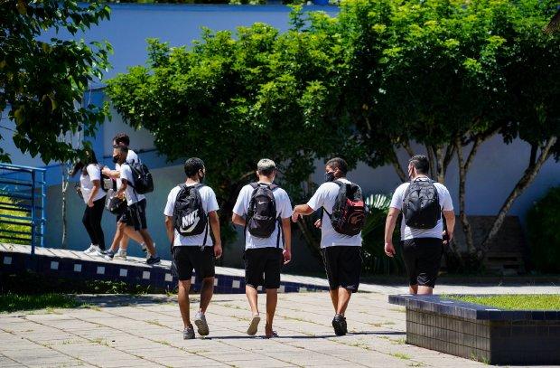 Estudantes em condições de aulas presenciais, em SC – Foto: Secom/divulgação/ND