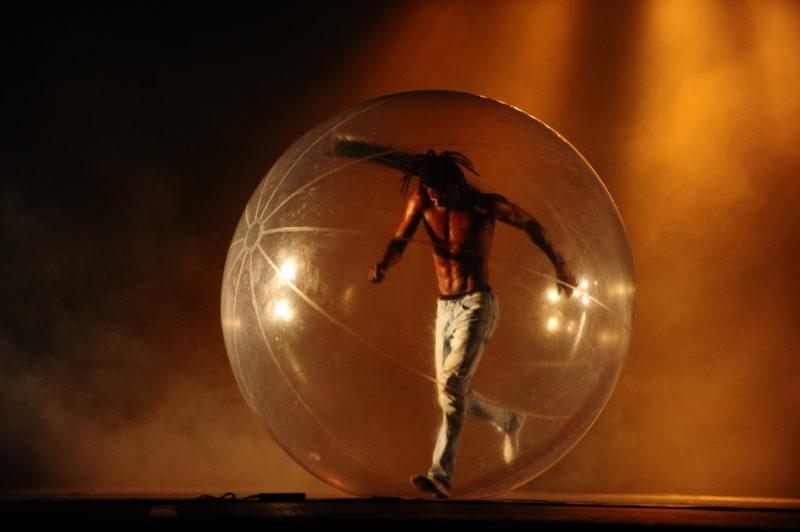 Mostra Competitiva reúne bailarinos de diversos gêneros e idades – Foto: Nilson Bastian/Divulgação