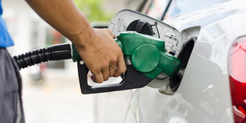o cálculo é que e média ponderada para o valor do litro da gasolina seja de R$ 5,77.com mais um reajuste – Foto: Divulgacão/O Trentino/ND