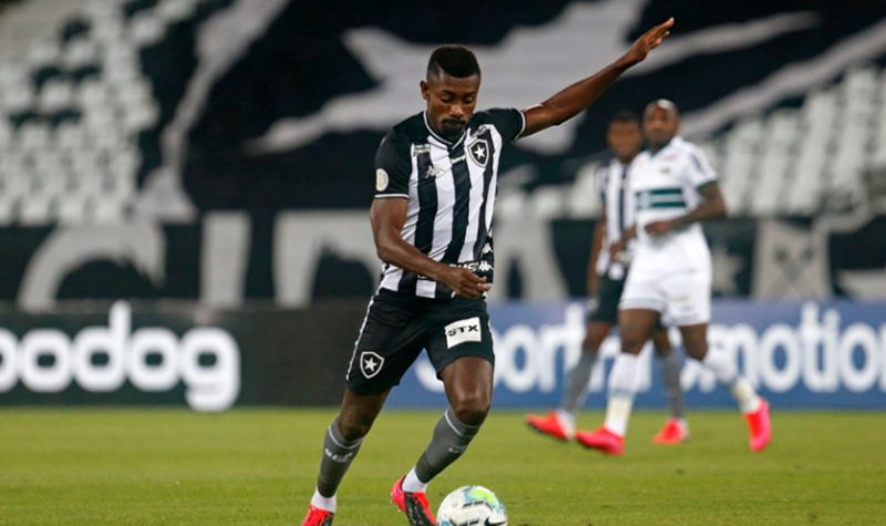 Kalou pode jogar em Portugal – Foto: Vitor Silva/Botafogo