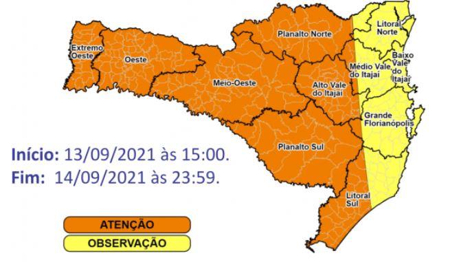 Maior parte das regiões de Santa Catarina estão em estado de atenção para tempestades até terça (14) – Foto: Reprodução/Defesa Civil