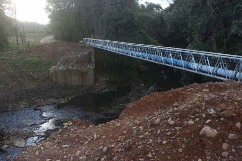 Após mais de um ano, ponte que caiu em temporal será reconstruída entre Turvo e Meleiro, no Extremo Sul de SC – Foto: Divulgação