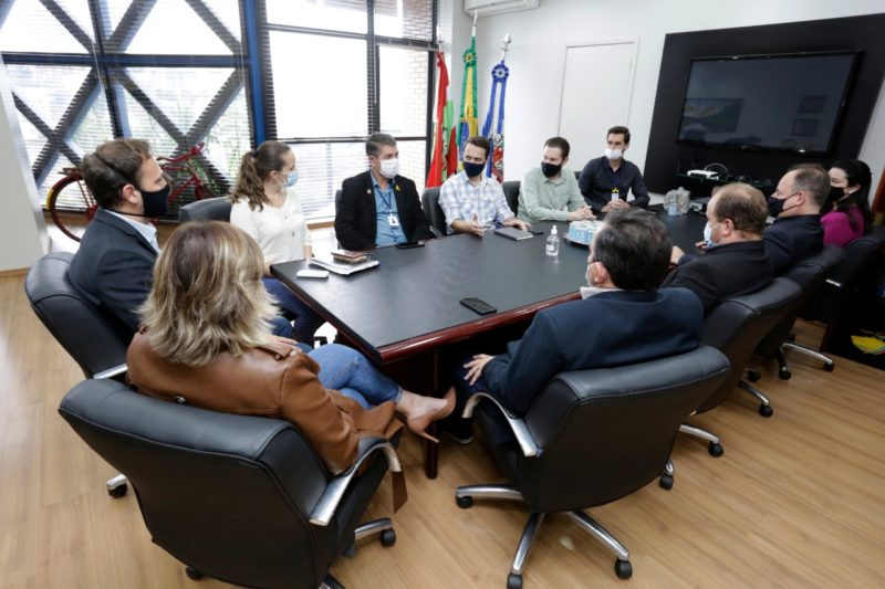 Reunião aconteceu nesta sexta-feira (24)