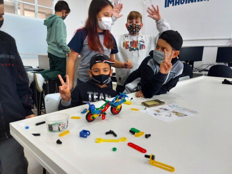 Escola do Futuro da Tapera inclui o componente curricular Maker, que compreende o ensino da robótica – Foto: PMF/Divulgação/ND