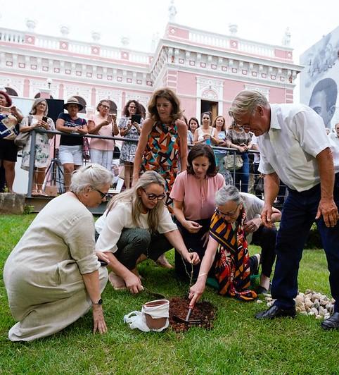 Homenagem foi prestada à Anita em Florianópolis – Foto: Ricardo Wolffenbuttel/Secom/Divulgação/ND
