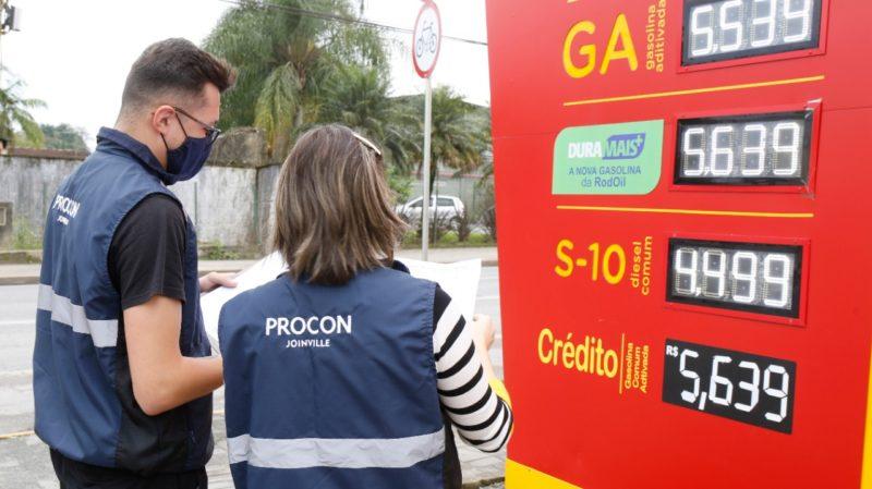 Fiscalização nos postos de combustíveis segue em Joinville. – Foto: Secom/Prefeitura de Joinville
