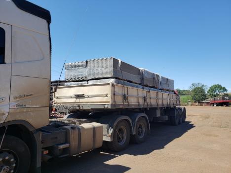 DCSC realizou a entrega de telhas para famílias de Bom Jesus – Foto: DCSC/NF