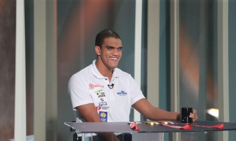O atleta paralímpico, Wendell Belarmino, foi medalhista olímpico na natação em Tóquio 2020 – Foto: Valter Campanato/Agência Brasil/ND